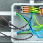 Индикатор состояния сетевого предохранителя аппаратуры